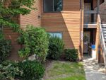 """Main Photo: 2003 10620 150 Street in Surrey: Guildford Townhouse for sale in """"Lincoln's Gate"""" (North Surrey)  : MLS®# R2447702"""