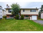 Main Photo: 45873 SILVER Avenue in Sardis: Sardis East Vedder Rd House for sale : MLS®# R2415714