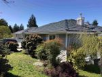 """Main Photo: 5321 CEDARVIEW Place in Sechelt: Sechelt District House for sale in """"Selma Park"""" (Sunshine Coast)  : MLS®# R2464632"""