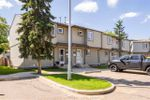 Main Photo: 1667 LAKEWOOD ROAD SOUTH NW in Edmonton: Zone 29 Townhouse for sale : MLS®# E4203416