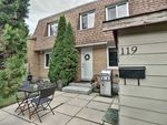Main Photo: 119 Londonderry Square in Edmonton: Zone 02 Townhouse for sale : MLS®# E4224584