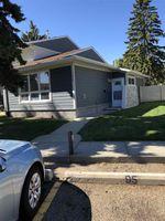 Main Photo:  in Edmonton: Zone 27 Townhouse for sale : MLS®# E4217316