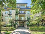 Main Photo: 304 330 Waterfront Crescent in VICTORIA: Vi Rock Bay Condo Apartment for sale (Victoria)  : MLS®# 414483