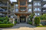 Main Photo: 205 3156 DAYANEE SPRINGS Boulevard in Coquitlam: Westwood Plateau Condo for sale : MLS®# R2497501