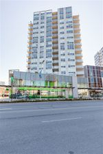 """Main Photo: 1502 7488 LANSDOWNE Road in Richmond: Brighouse Condo for sale in """"CADENCE"""" : MLS®# R2403866"""
