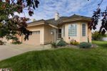 Main Photo: 33 170 KINGSWOOD Boulevard: St. Albert House Half Duplex for sale : MLS®# E4174257