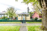 Main Photo: 430 GARRETT Street in New Westminster: Sapperton House for sale : MLS®# R2411143