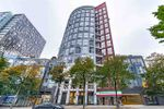 """Main Photo: 204 933 SEYMOUR Street in Vancouver: Downtown VW Condo for sale in """"THE SPOT"""" (Vancouver West)  : MLS®# R2505769"""