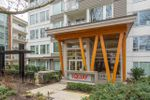 """Main Photo: 106 277 W 1ST Street in North Vancouver: Lower Lonsdale Condo for sale in """"WEST QUAY"""" : MLS®# R2438713"""