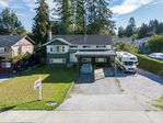 Main Photo: 19900 55A Avenue in Langley: Langley City House for sale : MLS®# R2334443