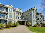 """Main Photo: 110 20881 56 Avenue in Langley: Langley City Condo for sale in """"ROBERTS COURT"""" : MLS®# R2355268"""