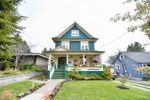 Main Photo: 1022 SEVENTH Avenue in New Westminster: Moody Park House for sale : MLS®# R2406196