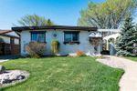 Main Photo: 22 Garrison Crescent: Sherwood Park House for sale : MLS®# E4157674