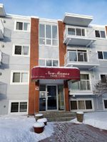 Main Photo: 101 10330 113 Street in Edmonton: Zone 12 Condo for sale : MLS®# E4144998