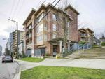 """Main Photo: 406 335 CARNARVON Street in New Westminster: Downtown NW Condo for sale in """"KINGS GARDEN"""" : MLS®# R2335928"""