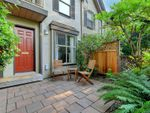Main Photo: 4 1010 Pembroke St in : Vi Central Park Row/Townhouse for sale (Victoria)  : MLS®# 855112