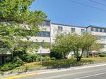 Main Photo: 301 1124 Esquimalt Rd in : Es Rockheights Condo for sale (Esquimalt)  : MLS®# 860419