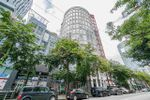 "Main Photo: 316 933 SEYMOUR Street in Vancouver: Downtown VW Condo for sale in ""THE SPOT"" (Vancouver West)  : MLS®# R2475342"