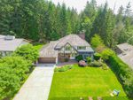 Main Photo: 4734 WOODGREEN Drive in West Vancouver: Cypress Park Estates House for sale : MLS®# R2376258