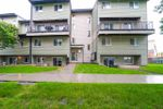 Main Photo: 4 13454 Fort Road in Edmonton: Zone 02 Townhouse for sale : MLS®# E4189266