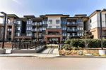 Main Photo: 103 20058 FRASER Highway in Langley: Langley City Condo for sale : MLS®# R2445663