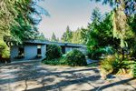 Main Photo: 23420 DOGWOOD Avenue in Maple Ridge: East Central House for sale : MLS®# R2496073