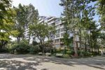 Main Photo: 314 518 MOBERLY Road in Vancouver: False Creek Condo for sale (Vancouver West)  : MLS®# R2404067