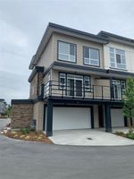 Main Photo: 110 8413 MIDTOWN Way in Chilliwack: Chilliwack W Young-Well Townhouse for sale : MLS®# R2397518