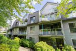 """Main Photo: 101 68 RICHMOND Street in New Westminster: Fraserview NW Condo for sale in """"Gatehouse Place"""" : MLS®# R2416849"""