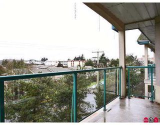 """Photo 9: 20433 53RD Ave in Langley: Langley City Condo for sale in """"Countryside Estates"""" : MLS®# F2702317"""