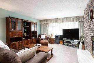 Photo 11: 6681 SPERLING Avenue in Burnaby: Upper Deer Lake House 1/2 Duplex for sale (Burnaby South)  : MLS®# R2391156