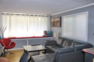 """Photo 2: 13 7790 KING GEORGE Boulevard in Surrey: East Newton Manufactured Home for sale in """"CRISPEN BAYS"""" : MLS®# R2394101"""