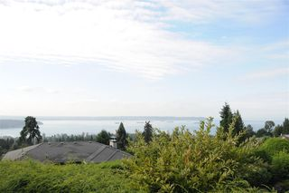 Photo 5: 1344 CAMWELL Drive in West Vancouver: Chartwell House for sale : MLS®# R2401165