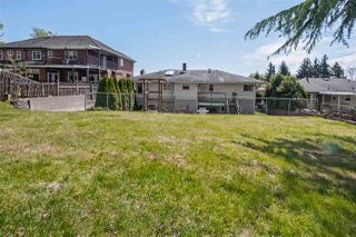 Photo 15: 753 EDGAR Avenue in Coquitlam: Coquitlam West House for sale : MLS®# R2405339
