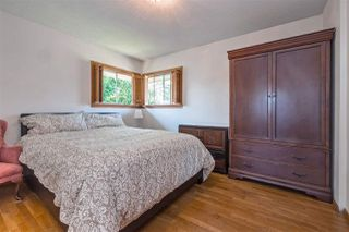 Photo 10: 753 EDGAR Avenue in Coquitlam: Coquitlam West House for sale : MLS®# R2405339