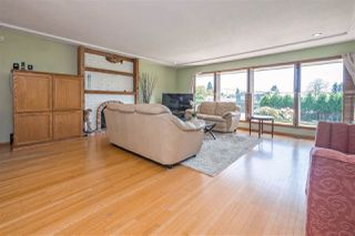 Photo 3: 753 EDGAR Avenue in Coquitlam: Coquitlam West House for sale : MLS®# R2405339