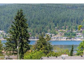 Photo 2: 1 2305 ST JOHNS Street in Port Moody: Port Moody Centre Townhouse for sale : MLS®# R2411727