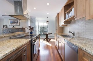 Photo 6: 203 2255 W 8TH Avenue in Vancouver: Kitsilano Condo for sale (Vancouver West)  : MLS®# R2447645
