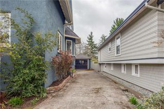 Photo 37: 1737 Hampshire Rd in Oak Bay: OB North Oak Bay Single Family Detached for sale : MLS®# 839871