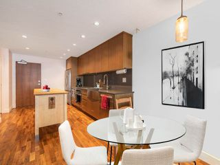 """Photo 7: 411 251 E 7TH Avenue in Vancouver: Mount Pleasant VE Condo for sale in """"The District"""" (Vancouver East)  : MLS®# R2507937"""