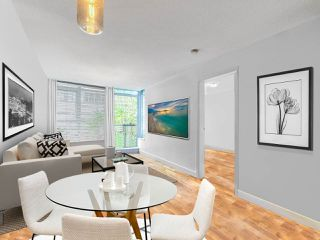 """Photo 10: 411 251 E 7TH Avenue in Vancouver: Mount Pleasant VE Condo for sale in """"The District"""" (Vancouver East)  : MLS®# R2507937"""