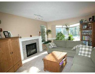 "Photo 2: 1215 LANSDOWN Drive in Coquitlam: Upper Eagle Ridge Townhouse for sale in ""SUN RIDGE ESTATE"" : MLS®# V617411"
