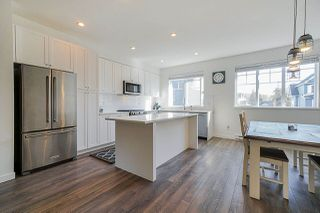 """Photo 3: 32 127 172 Street in Surrey: Pacific Douglas Townhouse for sale in """"THE EAGLES"""" (South Surrey White Rock)  : MLS®# R2401096"""