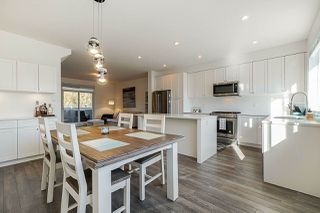 """Photo 4: 32 127 172 Street in Surrey: Pacific Douglas Townhouse for sale in """"THE EAGLES"""" (South Surrey White Rock)  : MLS®# R2401096"""