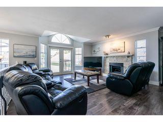 Photo 4: 11686 232B Street in Maple Ridge: Cottonwood MR House for sale : MLS®# R2403018
