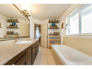 "Photo 11: 24220 103A Avenue in Maple Ridge: Albion House for sale in ""SPENCER'S RIDGE"" : MLS®# R2404330"