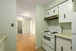 Photo 9: 15 17700 60 Avenue in Surrey: Cloverdale BC Condo for sale (Cloverdale)  : MLS®# R2455804