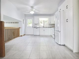 Photo 11: 421 AMBLESIDE Drive in London: North A Residential for sale (North)  : MLS®# 262817