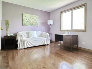 Photo 24: 421 AMBLESIDE Drive in London: North A Residential for sale (North)  : MLS®# 262817