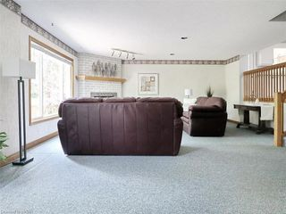 Photo 17: 421 AMBLESIDE Drive in London: North A Residential for sale (North)  : MLS®# 262817